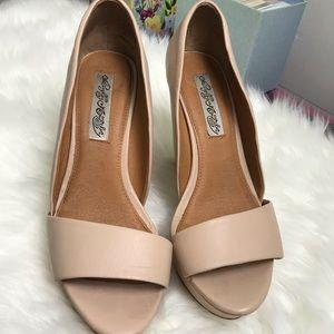 Women's shoes size 81/2